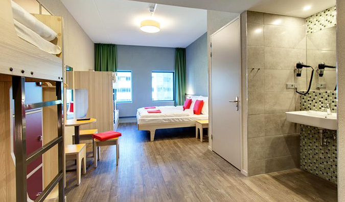 Meininger Amsterdam Hostels