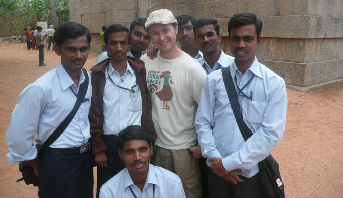 Benny Lewis standing with a group of men in India