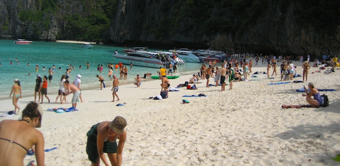 beaches in ko phi phi thailand