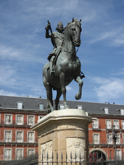 A statue of a Spanish horseback rider in Madrid