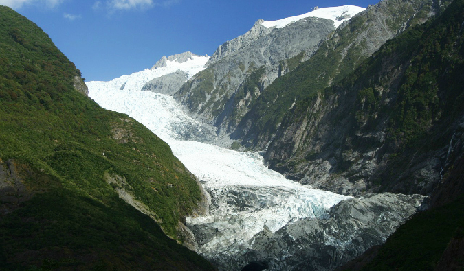 A massive glacier in Franz Josef, New Zealand