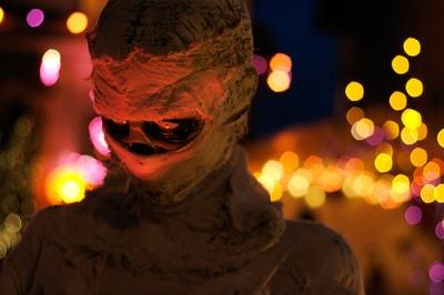 Halloween mummy customs