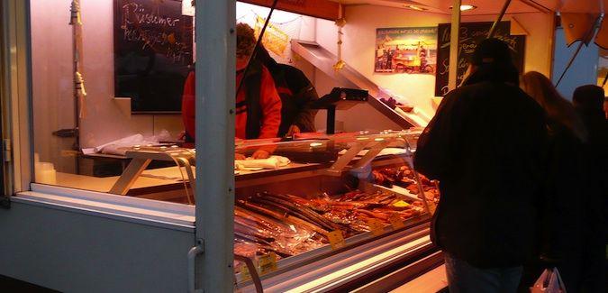 hamburg fish market seller