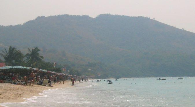 ko larn off pattaya thailand