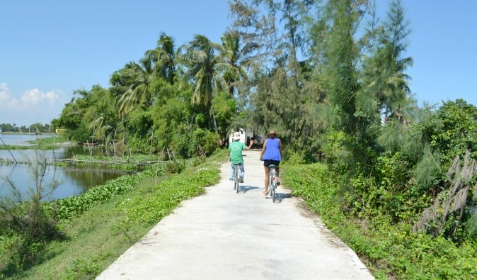 Bicycle tour through the landscape in Vietnam