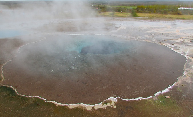 Gigantic sulfur pools at Geysir, that doesn't erupt anymore