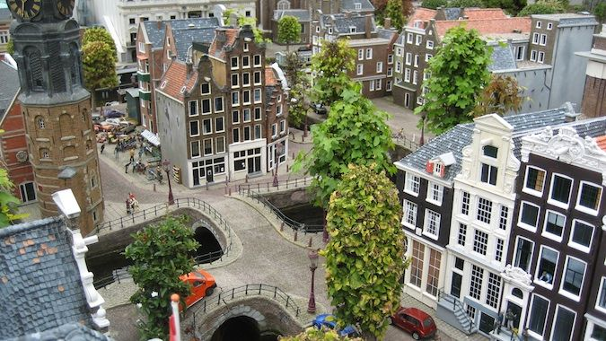 The historic streets of Amsterdam at Madurodam