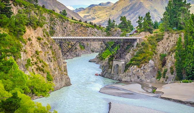 Traveling New Zealand via backpacker bus