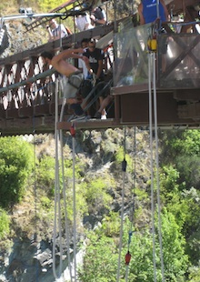 bunging jumping off the cliff