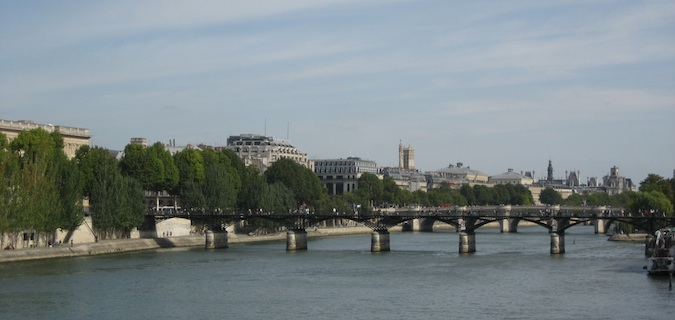 Tour around Paris