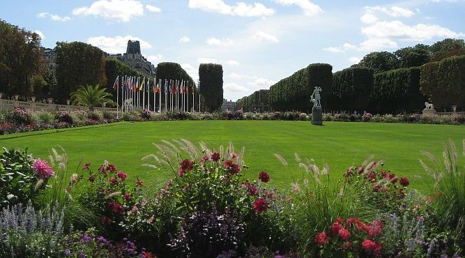 The flowers in the Jardin de Luxembourg on a beautiful sunny day