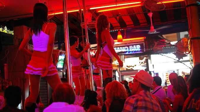 go go dancers in Thailand