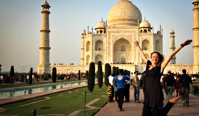 Candace Rardon posing at the Taj Mahal in India