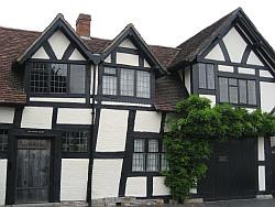 Stratford Upon Avon houses