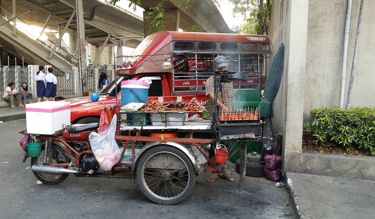 street vendor in thailand