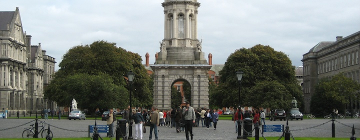 Exploring Dublin, Ireland and  checking out Trinity College