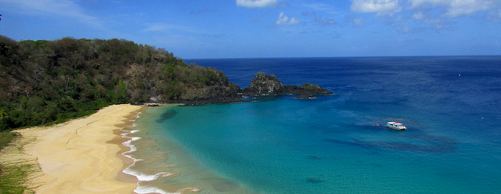 Visiting Fernando de Noronha and its mountains and beaches in Brazil