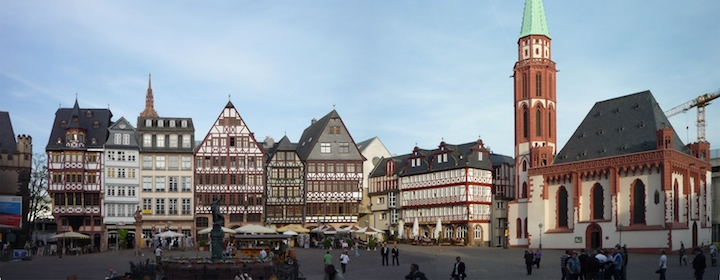 Visiting the bustling city of Frankfurt and it's charming center