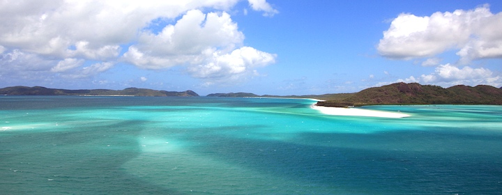 Relaxing on the beautiful Whitsundays Islands in Australia with its beautiful beaches
