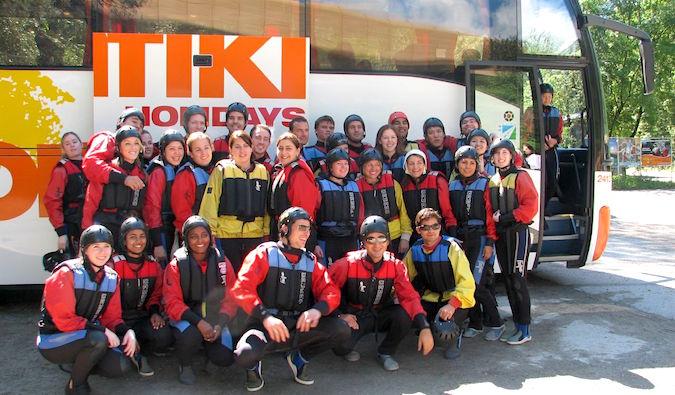 A group of people on a Contiki tour, photo by Marquis Cote (flickr: @kreative)
