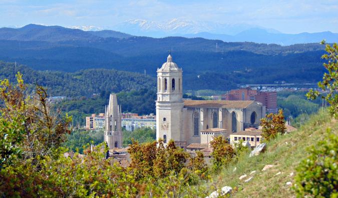 view over Girona in Spain's Costa Brava; Photo by Josep Maria Viñolas Esteva (flickr:@jvinolase)