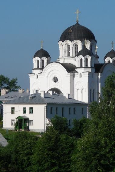 Spaso-Efrosinevsky convent in Polotsk. By Jurasikt.