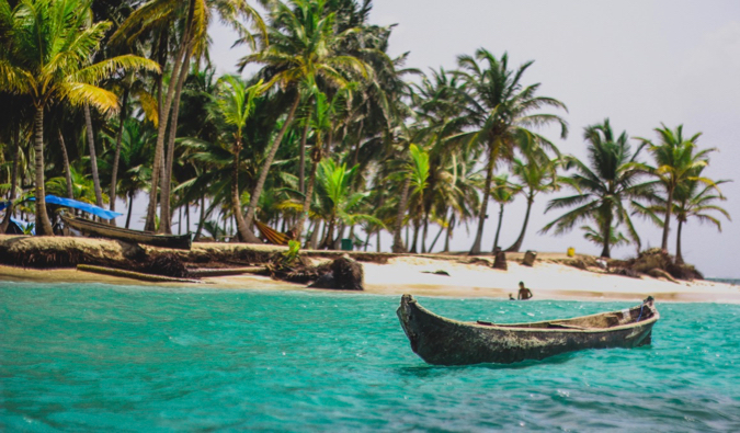 A small boat off the coast of the San Blas Islands in Panama