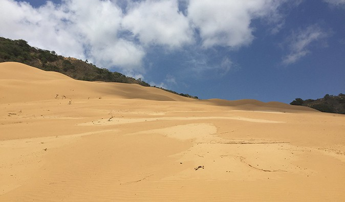Punta Gallinas sand dune, Colombia; photo by Luis Pérez (flickr:@pe5pe)