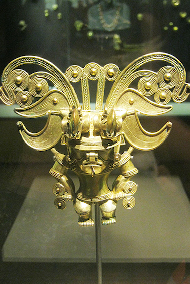 a gold mask at the gold museum in Santa Marta, Colombia; photo by Sahaquiel9102 [CC BY-SA 4.0 (https://creativecommons.org/licenses/by-sa/4.0)]