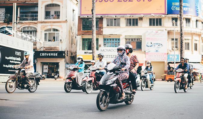 seasia_motorbike ▷ Cómo moverse por el sudeste asiático en el barato