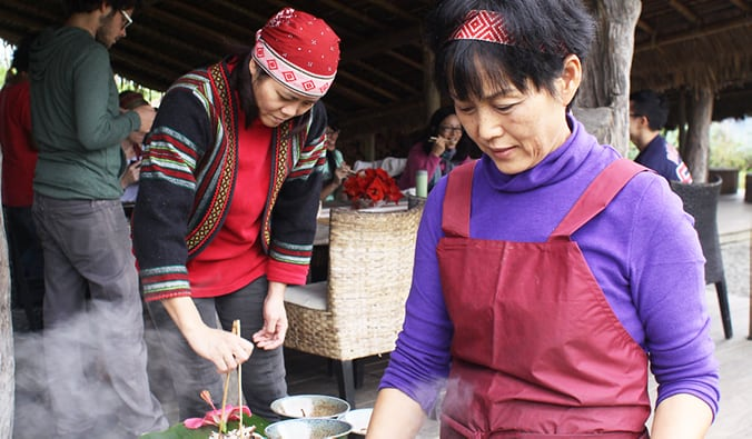 locals making food at a Taiwanese Aboriginal village