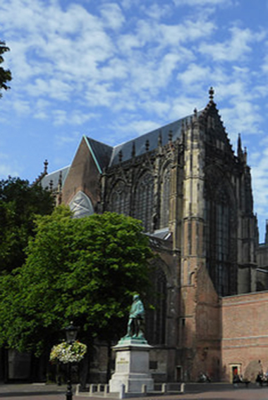 the famous St. Martin's cathedral in Utrecht, know more commonly as the Dom; photo by John Lord (flickr:@yellowbookltd)