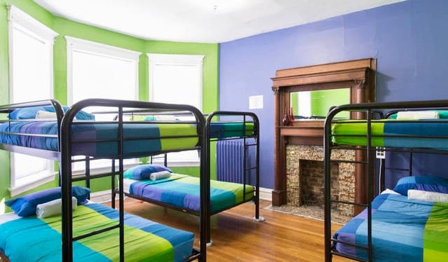 The clean and colorful dorm rooms of the Wrigley Hostel in Chicago, USA