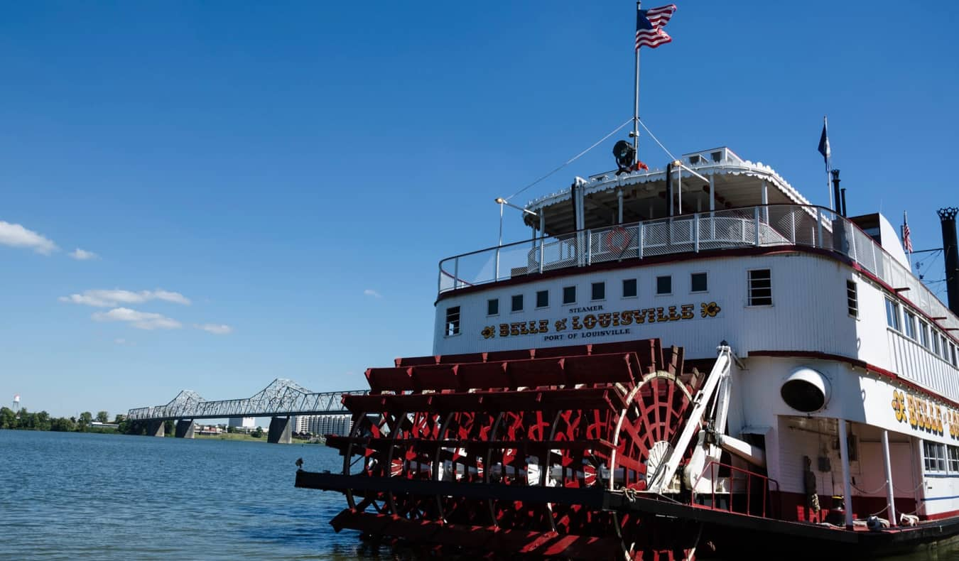 An old steamboat docked on the river in Louisville, USA