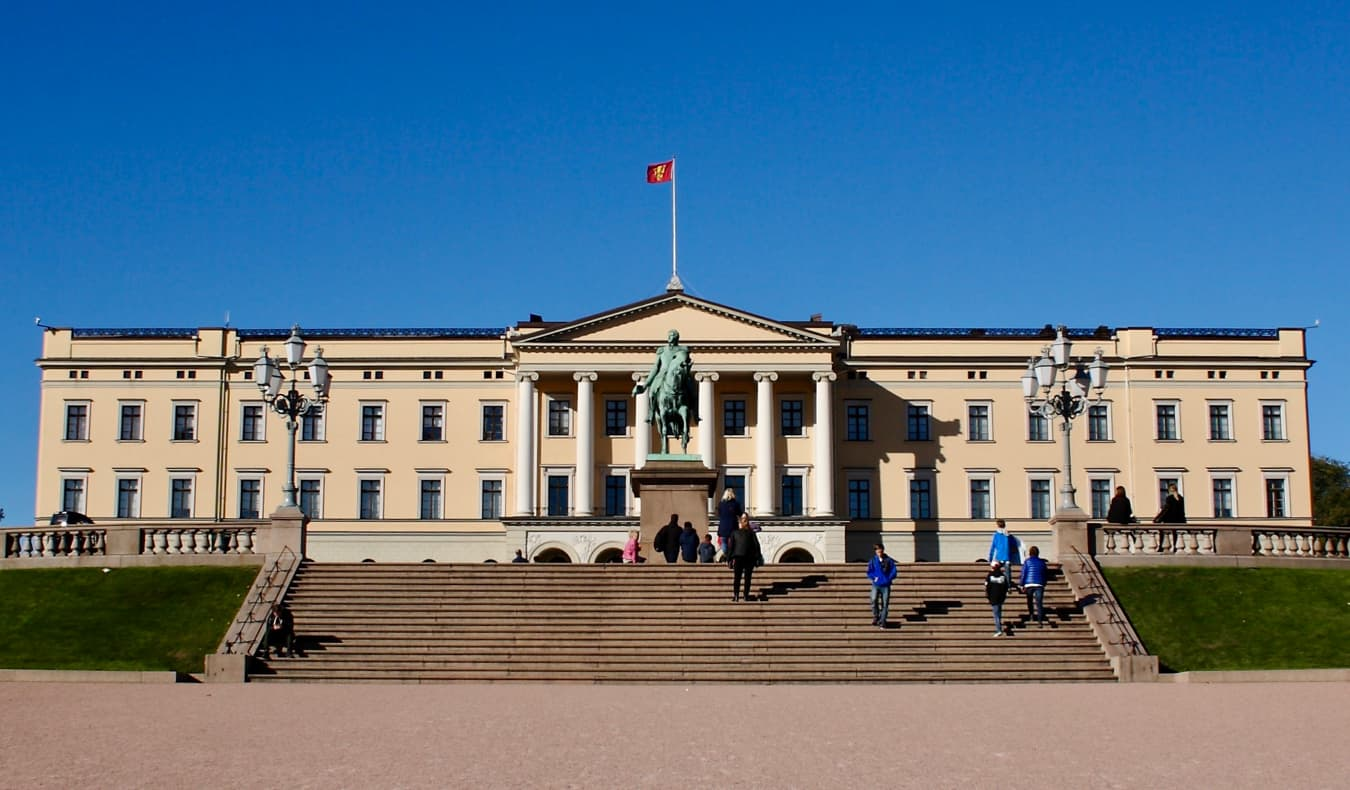 The famous and historic royal palace is Oslo, Norway during the summer