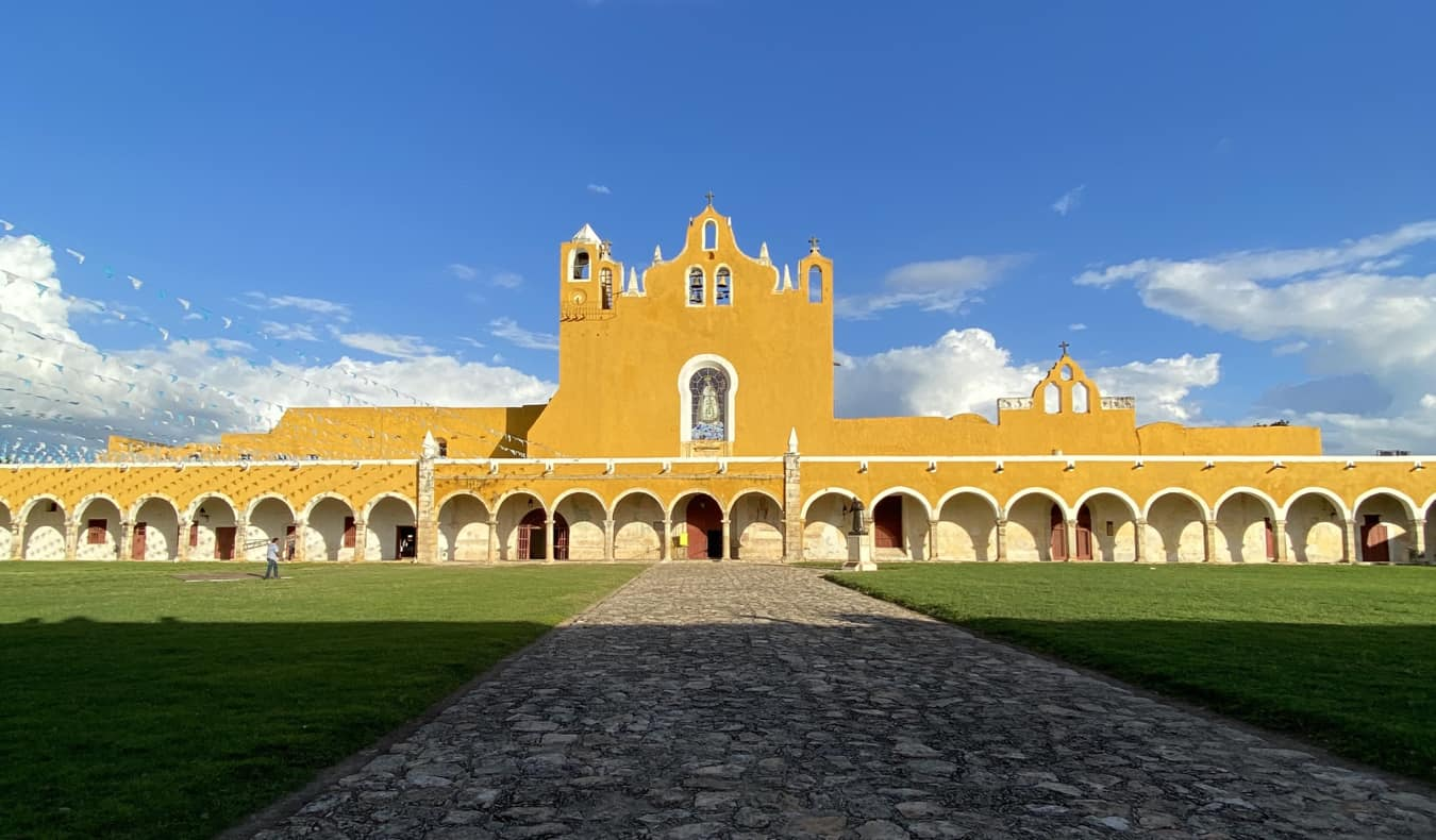 A huge, bright historic building in Mexico