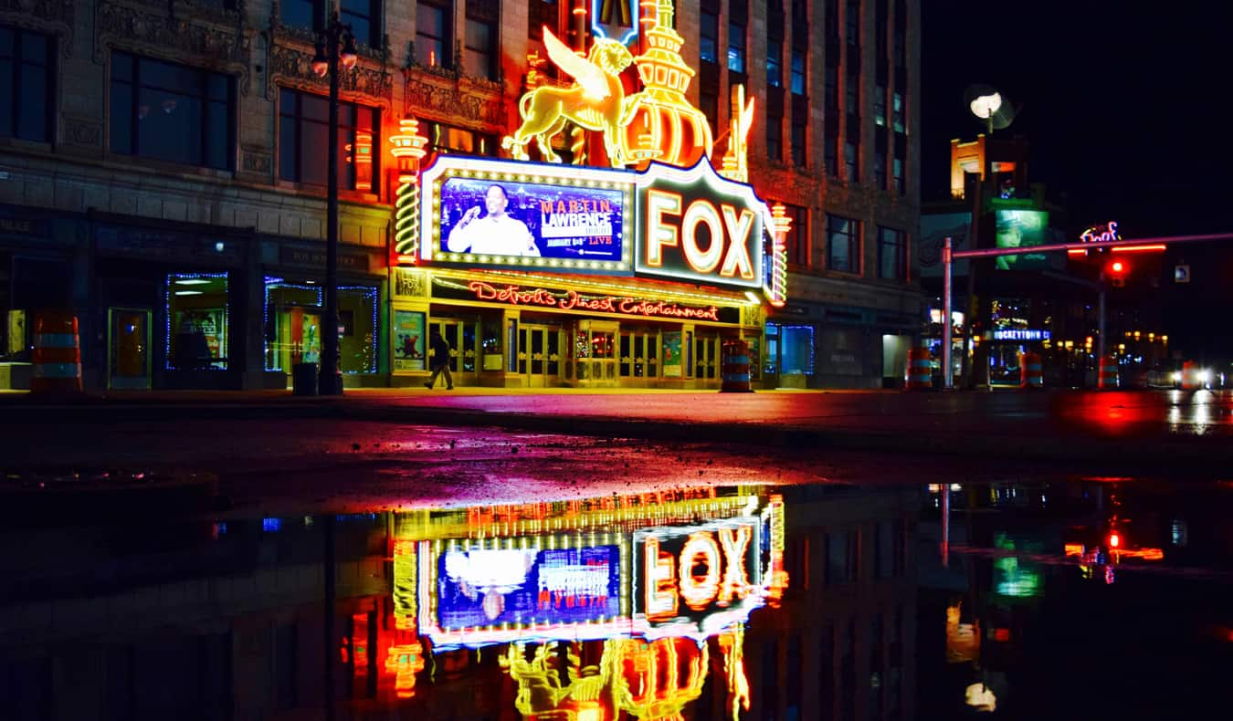 The Fox Theatre in Detroit lit up at night