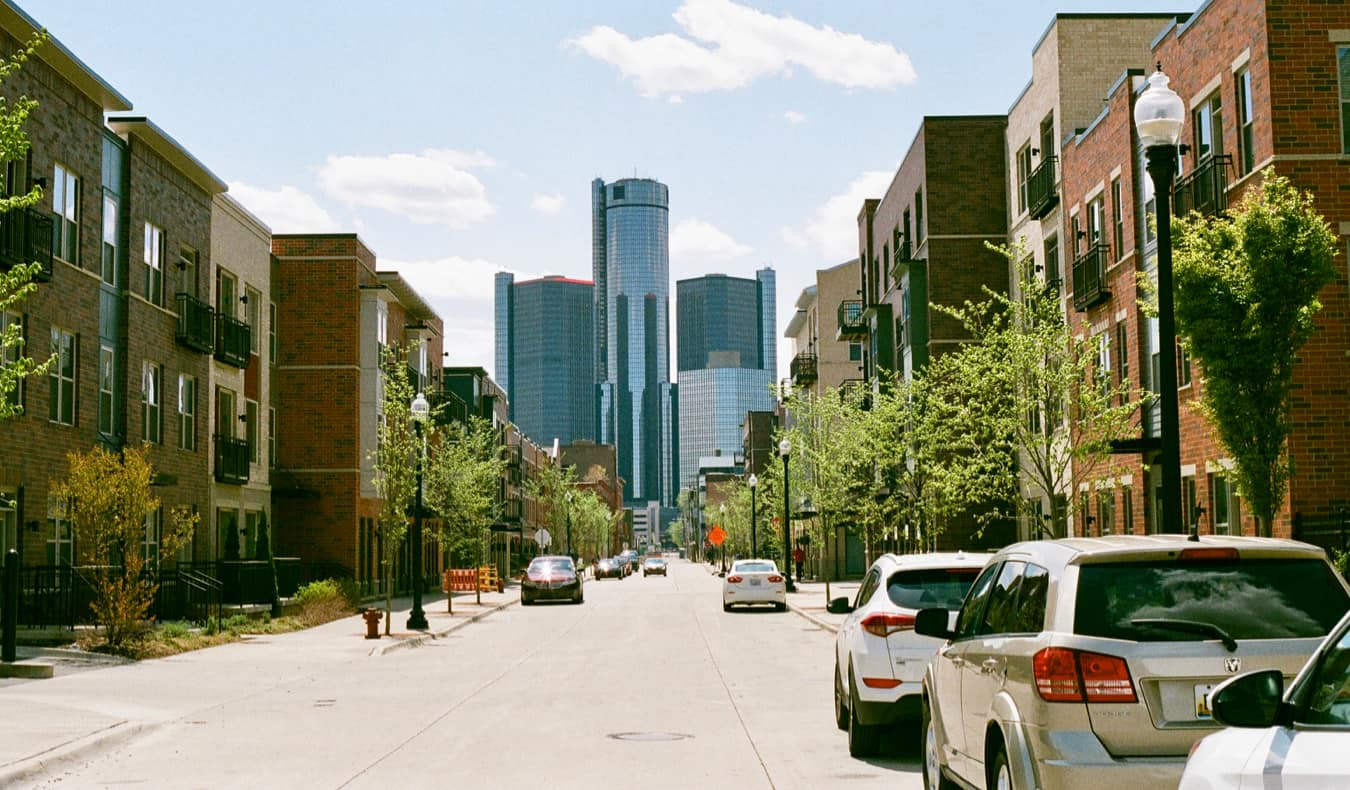 A quiet street in Detroit, Michigan during the day