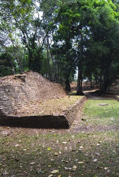A ruined tomb in Nim Li Punit