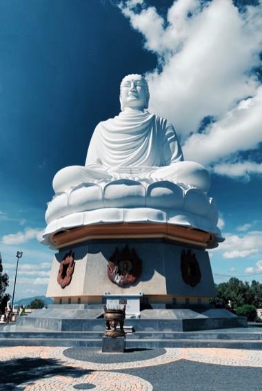 A massive white Buddha statue in Nha Trang, Vietnam