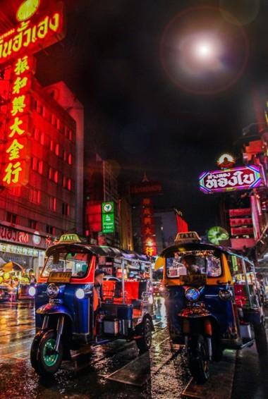The busy streets of Bangkok, Thailand