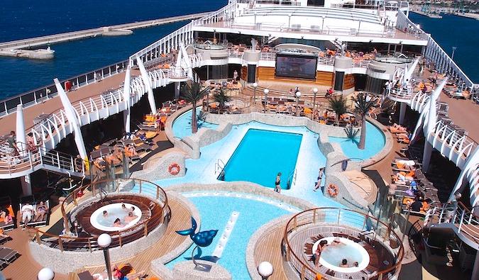 Reserve un crucero de última hora para tener unas vacaciones baratas