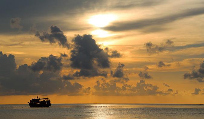 a boat in ko tao