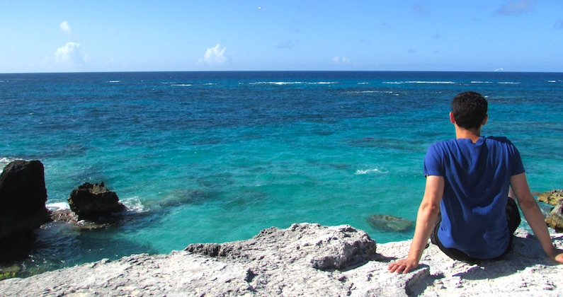 how to travel the world in bermuda with nomadic matt