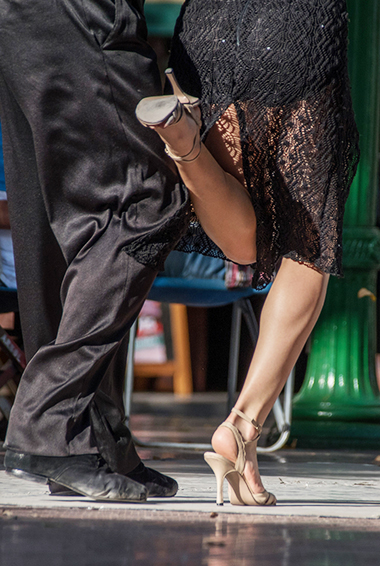 Tango dancers; photo by Ralf Steinberger (flickr:@ralf-steinberger)