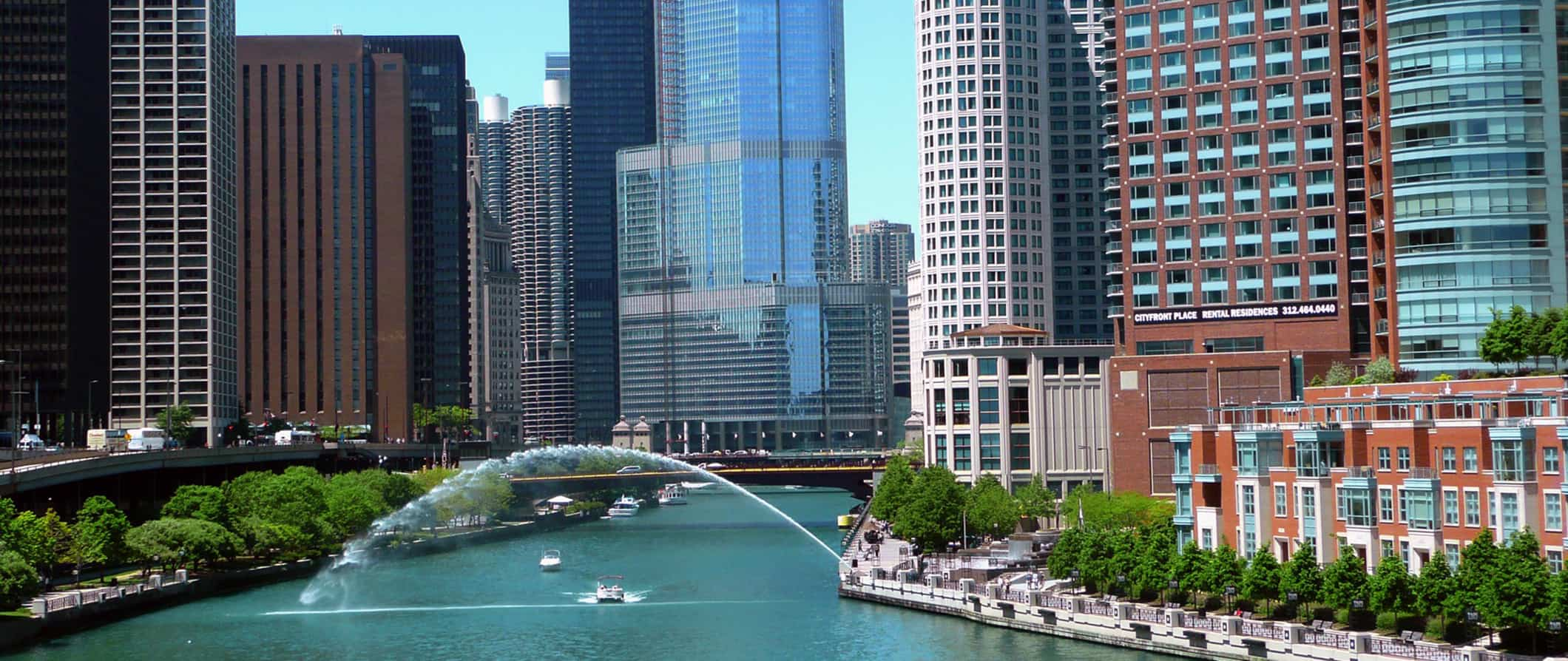 chicago travel guide what to see do costs ways to save rh nomadicmatt com chicago travel guide blog chicago travel guide blog