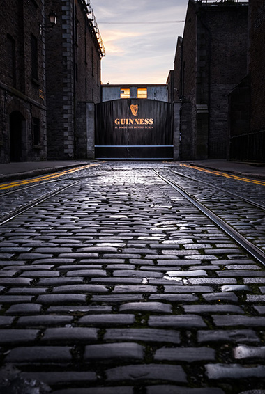 Going on a tour at the Guinness Storehouse