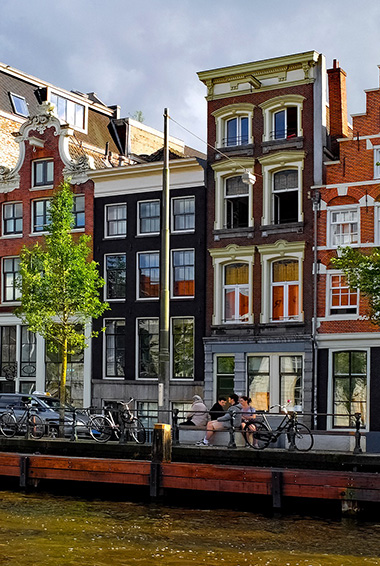 Travel to the Many Beautiful Cities in Europe