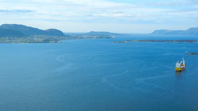 Alesund's Fjord emptying into the ocean