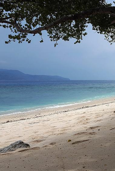 beaches in Gili Islands